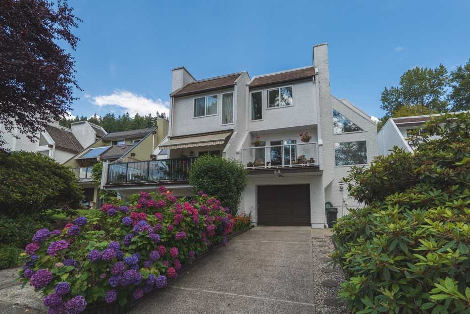 Main Photo: 531 SAN REMO Drive in Port Moody: North Shore Pt Moody House for sale : MLS®# R2090867