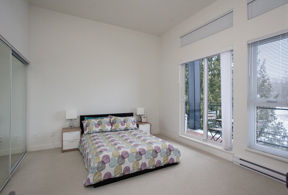 "Photo 10: 411 13919 FRASER Highway in Surrey: Whalley Condo for sale in ""VERVE"" (North Surrey)  : MLS® # R2129635"