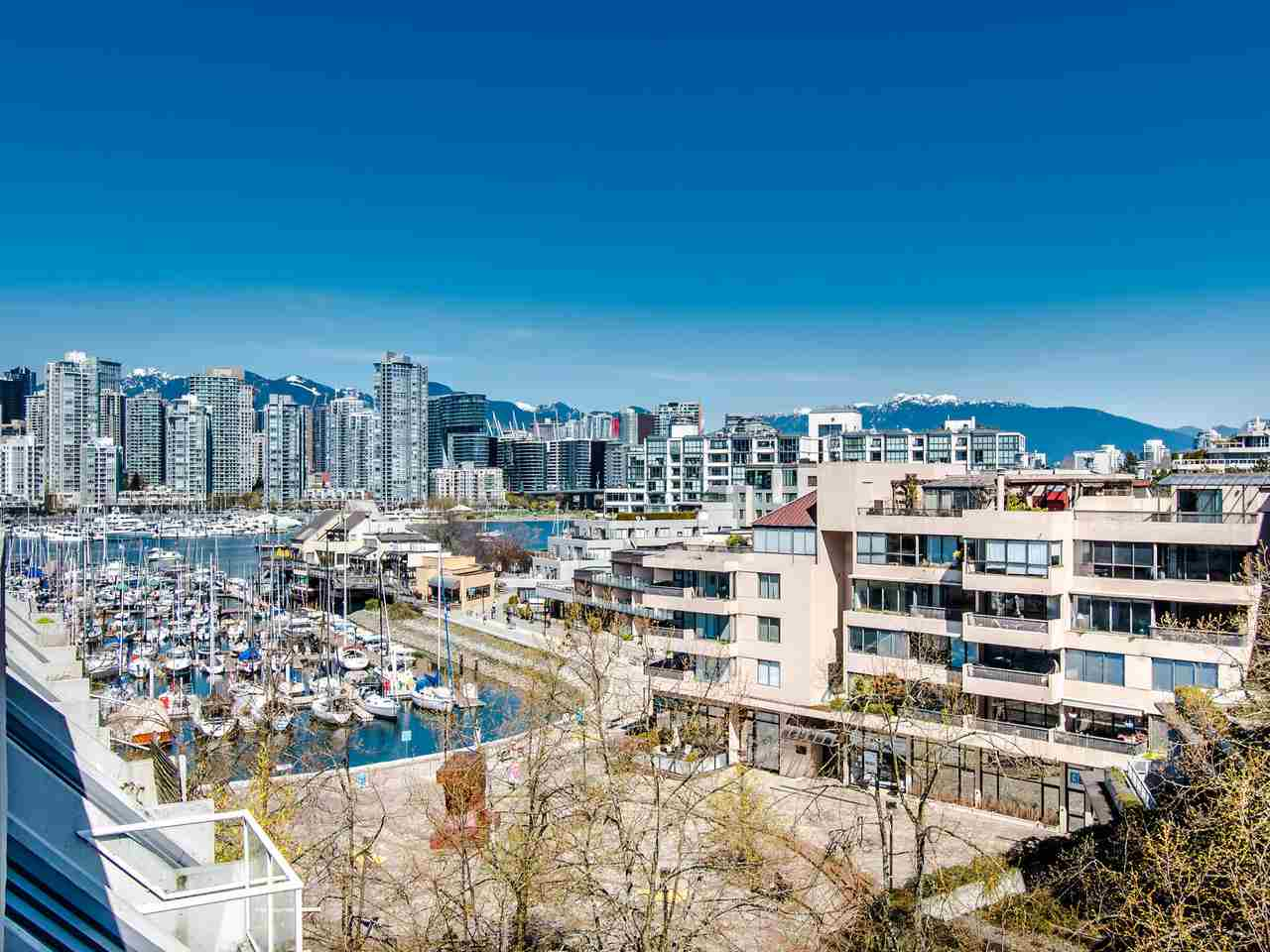 FEATURED LISTING: 303 - 673 MARKET Hill Vancouver