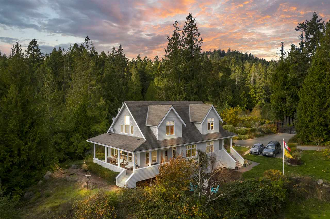 FEATURED LISTING: 428 MARINERS Way Mayne Island