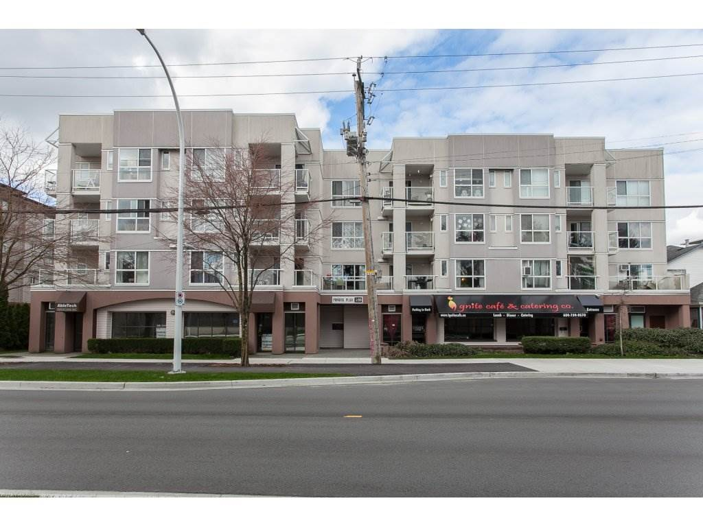 Main Photo: 206 5499 203 STREET in : Langley City Condo for sale (Langley)  : MLS®# R2151805