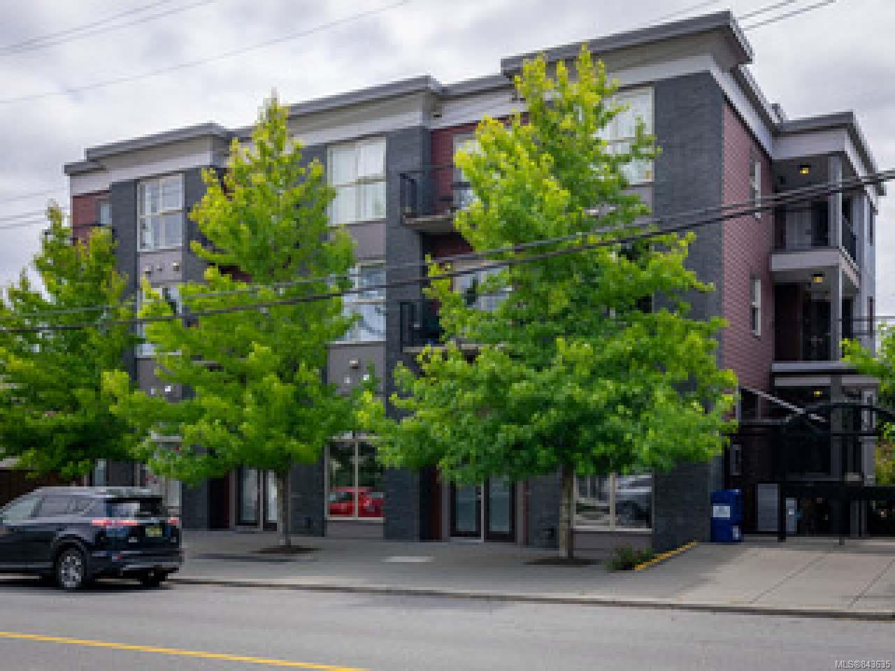 FEATURED LISTING: 404 - 555 Franklyn St NANAIMO