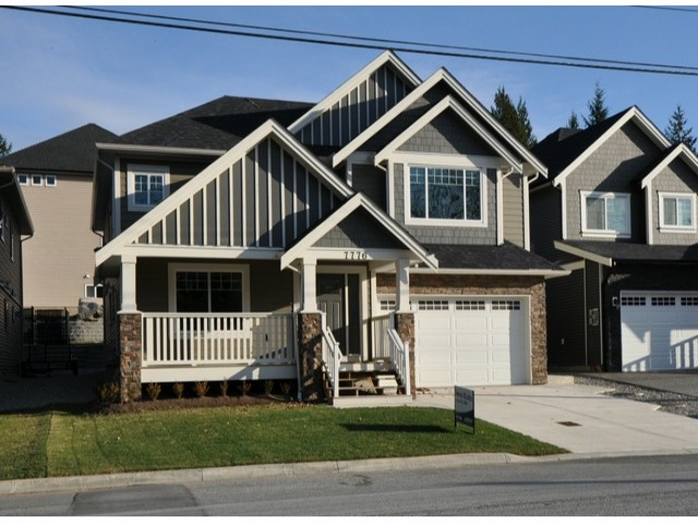 "Main Photo: 7776 TAULBUT Street in Mission: Mission BC House for sale in ""Centennial Park"" : MLS® # F1326641"