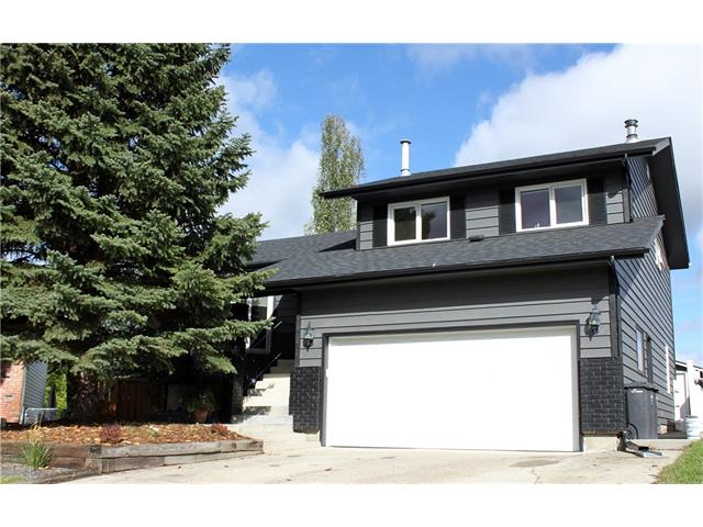 Main Photo: 121 CARR Crescent: Okotoks House for sale : MLS® # C4081929