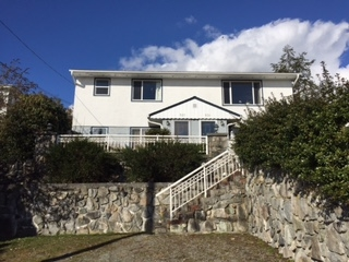 "Main Photo: 527 MARINE Drive in Gibsons: Gibsons & Area House for sale in ""Heritage hills Area"" (Sunshine Coast)  : MLS®# R2142661"