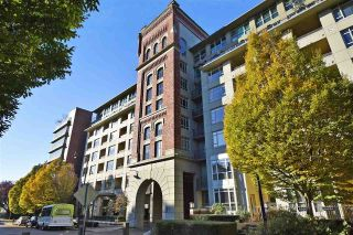 "Main Photo: 715 2799 YEW Street in Vancouver: Kitsilano Condo for sale in ""TAPESTRY AT ARBUTUS WALK (The O'Keefe)"" (Vancouver West)  : MLS® # R2221302"