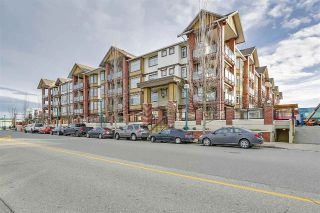 Main Photo: 138 5660 201A Street in Langley: Langley City Condo for sale : MLS® # R2240200