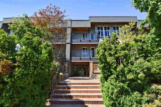 "Main Photo: 310 1551 W 11TH Avenue in Vancouver: Fairview VW Condo for sale in ""LABURNUM HEIGHTS"" (Vancouver West)  : MLS®# R2281817"