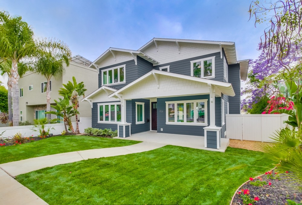 Main Photo: PACIFIC BEACH House for sale : 5 bedrooms : 1731 Law St in San Diego