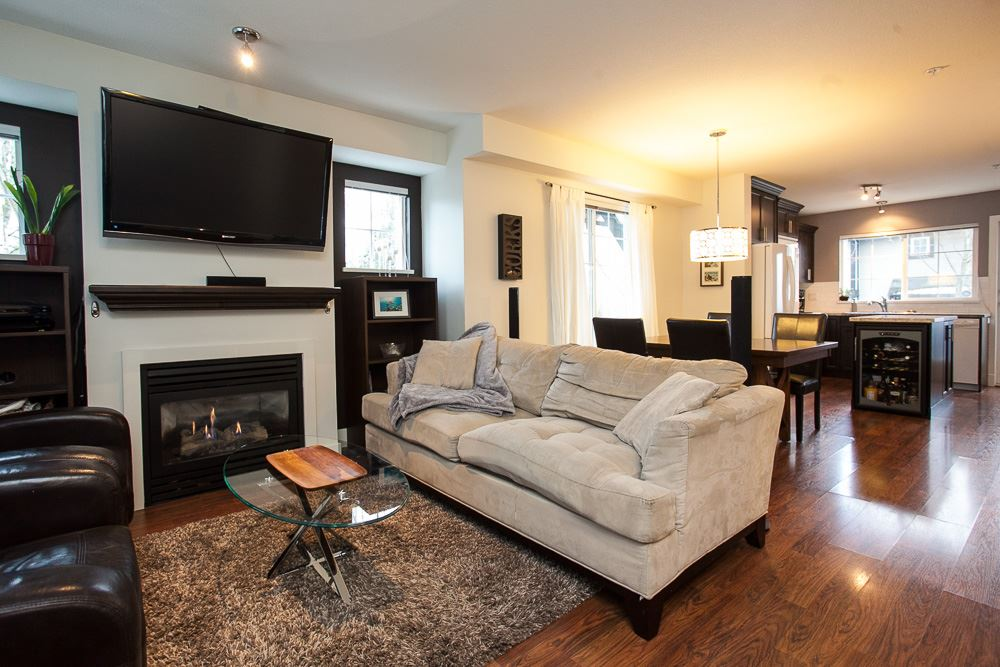 "Photo 11: 1 20176 68 Avenue in Langley: Willoughby Heights Townhouse for sale in ""Steeplechase"" : MLS(r) # R2129634"