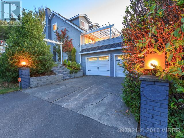 Main Photo: 5685 Yorkshire Terrace in Nanaimo: House for sale : MLS®# 397921