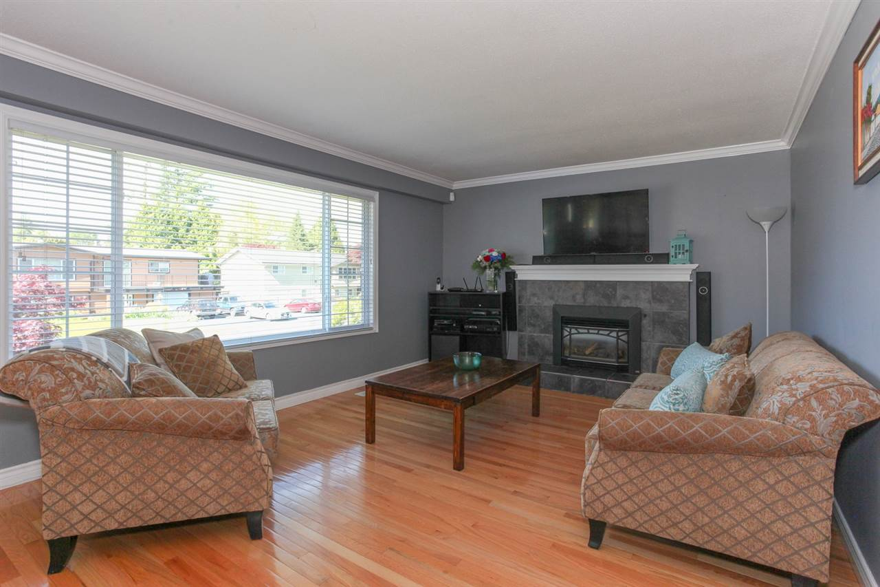 FEATURED LISTING: 21876 LAURIE Avenue Maple Ridge