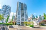 "Main Photo: 906 1185 THE HIGH Street in Coquitlam: North Coquitlam Condo for sale in ""Claremont"" : MLS® # R2232143"