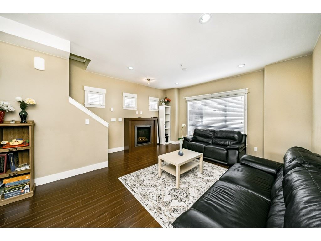 FEATURED LISTING: 29 - 7298 199A Street Langley