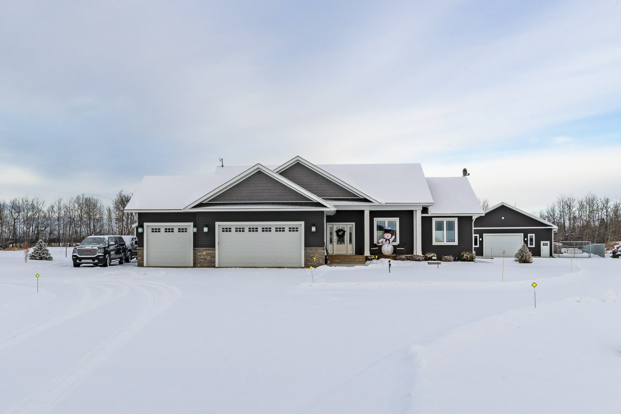FEATURED LISTING: 42230 TWP 632 Rural Bonnyville M.D.