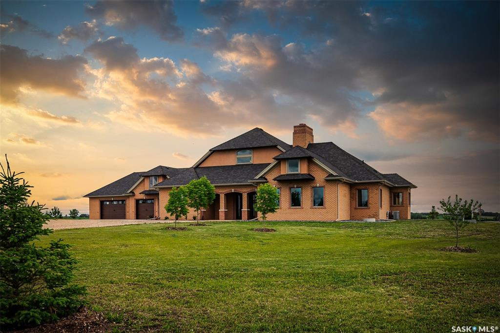 FEATURED LISTING: Vidal Farm Canwood