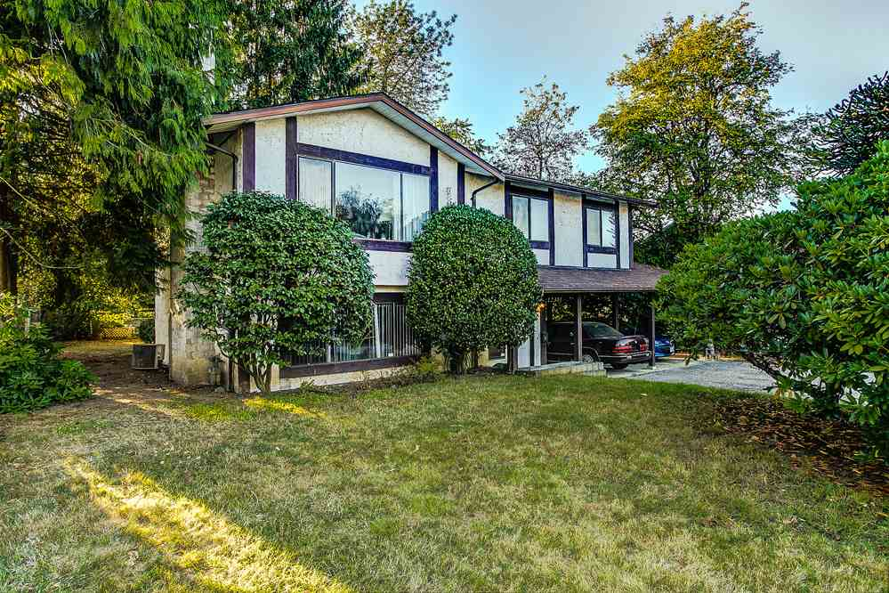 Main Photo: 12301 GREENWELL Street in Maple Ridge: East Central House for sale : MLS®# R2205410