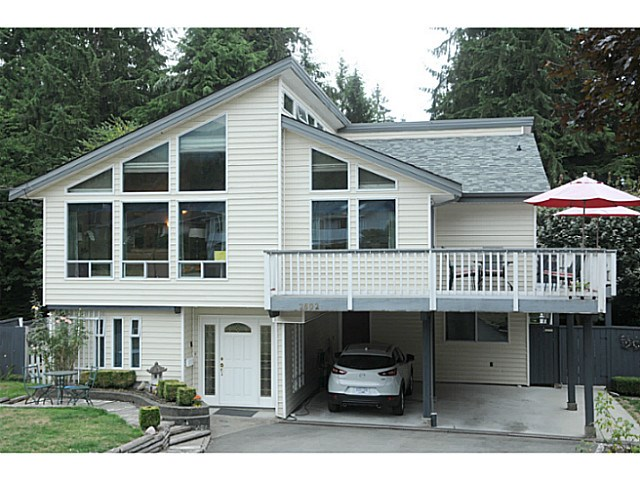 FEATURED LISTING: 2602 LAURALYNN Drive North Vancouver