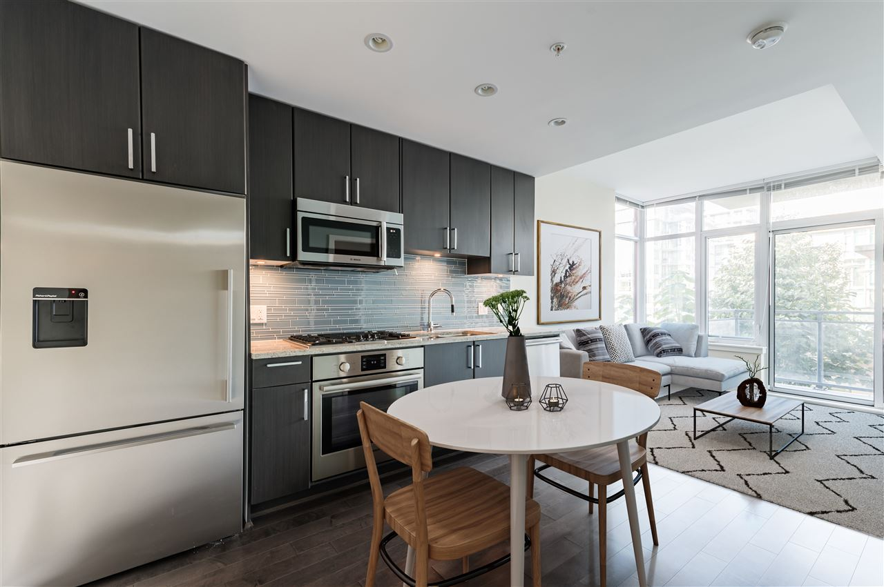 FEATURED LISTING: 807 - 38 1ST Avenue West Vancouver