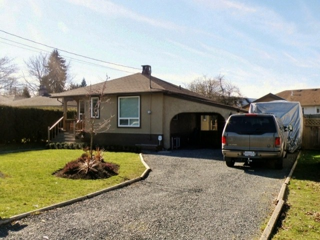 Main Photo: 9631 HAZEL Street in Chilliwack: Chilliwack N Yale-Well House for sale : MLS®# H1300712