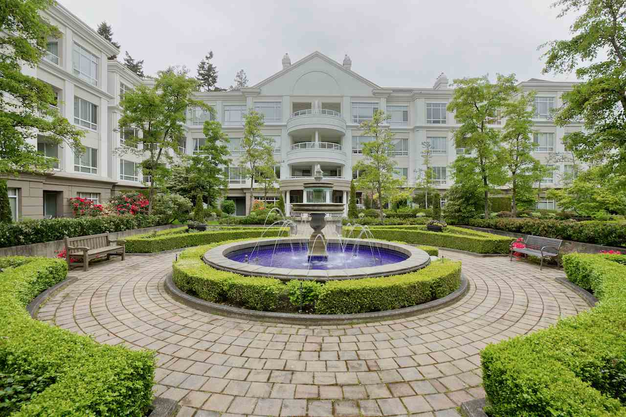 "Main Photo: 424 5735 HAMPTON Place in Vancouver: University VW Condo for sale in ""THE BRISTOL"" (Vancouver West)  : MLS® # R2089094"