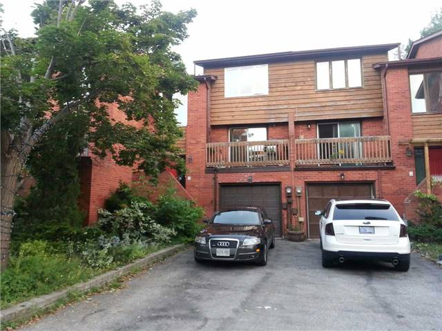 Main Photo: 1270 Cornerbrook Place in Mississauga: Erindale House (3-Storey) for lease : MLS®# W3621268