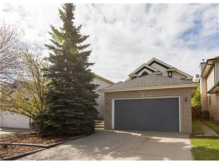 Main Photo: 39 Hidden Park NW in Calgary: Hidden Valley House for sale : MLS® # C4117614
