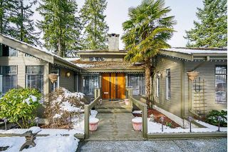 Main Photo: 709 CARLETON Drive in Port Moody: College Park PM House for sale : MLS®# R2240298