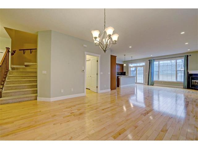 Photo 5: 176 MIKE RALPH Way SW in Calgary: Garrison Green House for sale : MLS® # C4091127
