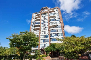 "Main Photo: 1001 2189 W 42ND Avenue in Vancouver: Kerrisdale Condo for sale in ""GOVERNOR POINT"" (Vancouver West)  : MLS® # R2206519"