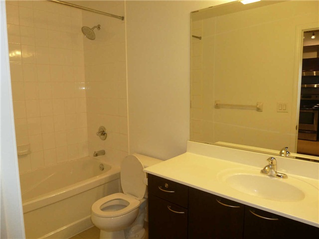 Photo 10: 410 385 Prince Of Wales Drive in Mississauga: City Centre Condo for lease : MLS® # W3244929