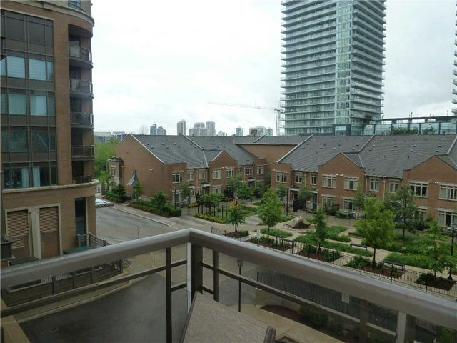 Photo 12: 410 385 Prince Of Wales Drive in Mississauga: City Centre Condo for lease : MLS® # W3244929