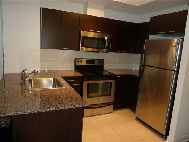 Photo 5: 410 385 Prince Of Wales Drive in Mississauga: City Centre Condo for lease : MLS® # W3244929