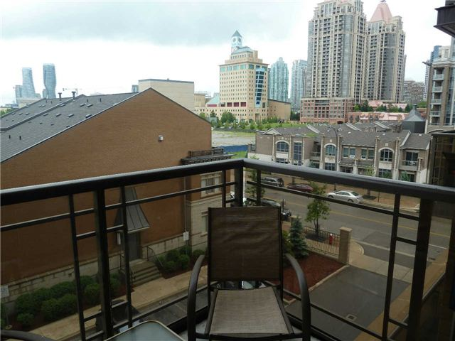 Photo 11: 410 385 Prince Of Wales Drive in Mississauga: City Centre Condo for lease : MLS® # W3244929