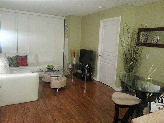 Photo 10: 1214 310 Red Maple Road in Richmond Hill: Langstaff Condo for sale : MLS® # N3239979