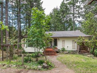 Main Photo: 546 Caleb Pike Road in VICTORIA: Hi Western Highlands Single Family Detached for sale (Highlands)  : MLS®# 392711