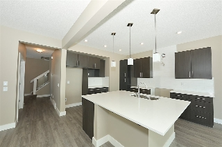 Main Photo: 1724 162 Street in Edmonton: Zone 56 House for sale : MLS® # E4079784