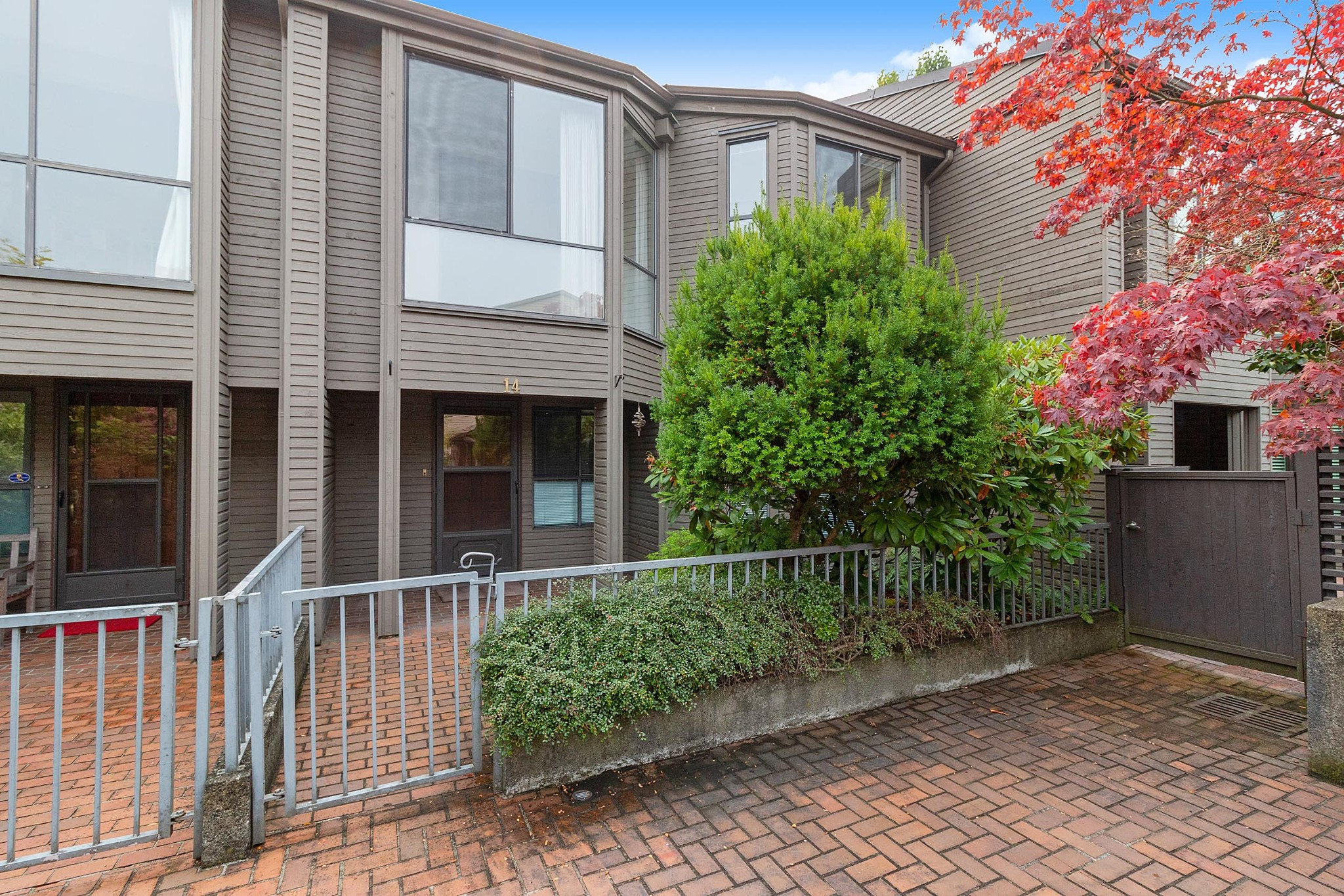 FEATURED LISTING: 14 - 4350 VALLEY Drive Vancouver