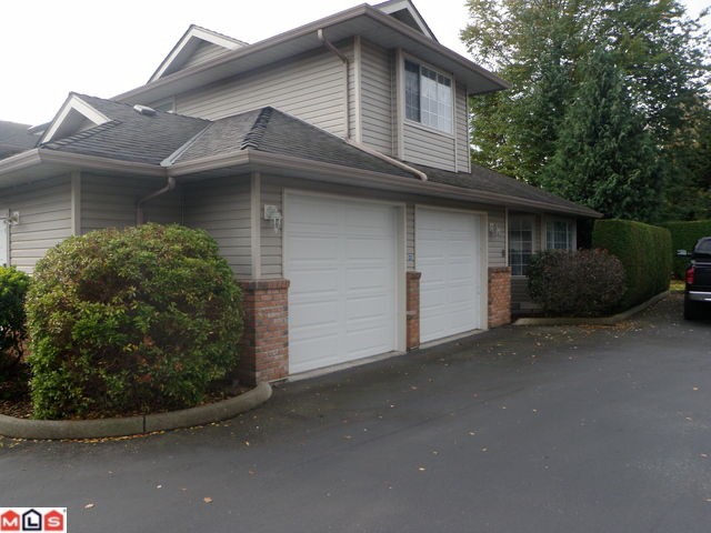 "Main Photo: # 108 2513 W BOURQUIN CR in Abbotsford: Central Abbotsford Condo for sale in ""EDGEWATER"" : MLS®# F1127215"