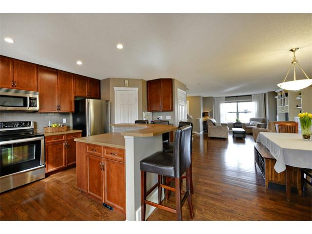 Photo 5: 178 MORNINGSIDE Gardens SW: Airdrie House for sale : MLS® # C4003758