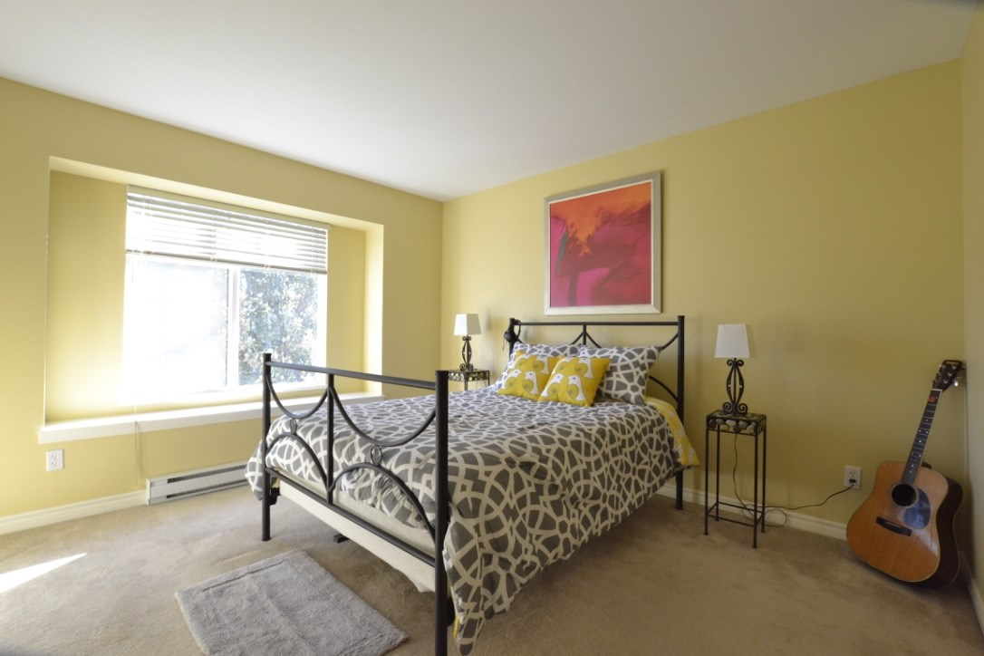 "Photo 14: 15 18839 69 Avenue in Surrey: Clayton Townhouse for sale in ""Starpoint"" (Cloverdale)  : MLS® # R2110159"