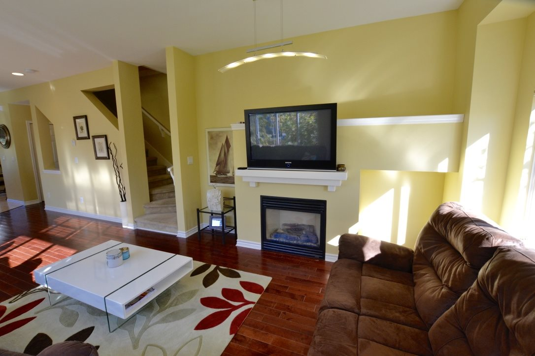 "Photo 10: 15 18839 69 Avenue in Surrey: Clayton Townhouse for sale in ""Starpoint"" (Cloverdale)  : MLS® # R2110159"