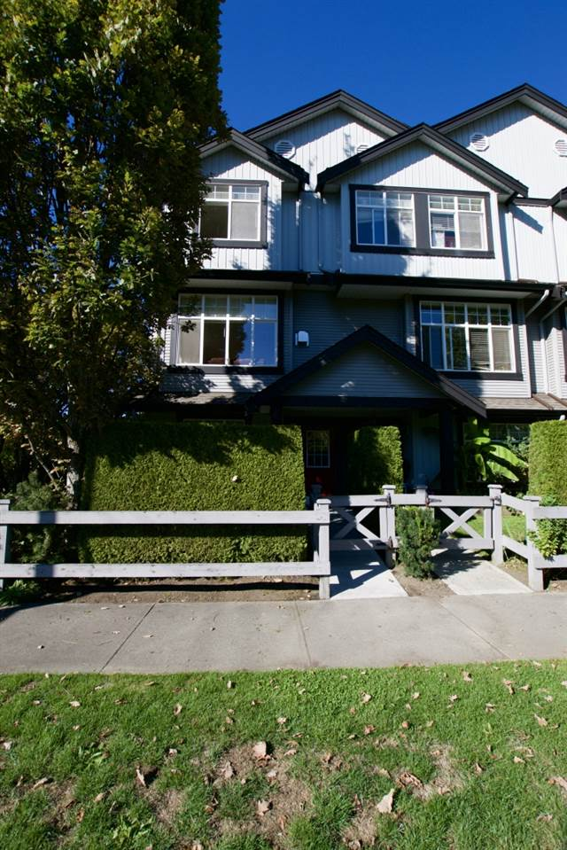"Photo 17: 15 18839 69 Avenue in Surrey: Clayton Townhouse for sale in ""Starpoint"" (Cloverdale)  : MLS® # R2110159"
