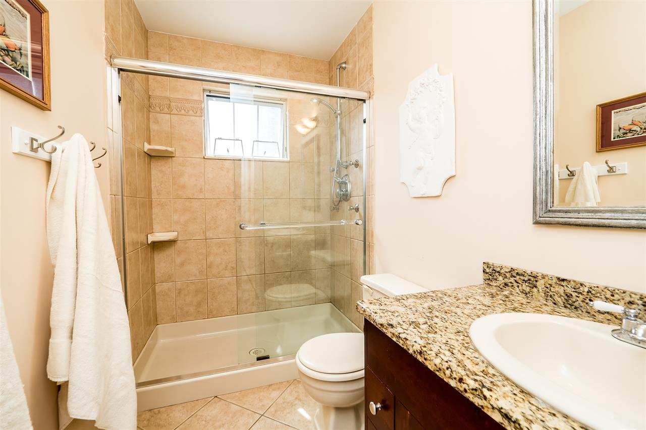 Main Bathroom on Upper Level