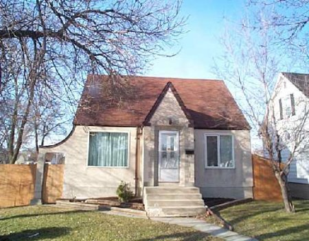 Main Photo: 280 Munroe Avenue: Residential for sale (East Kildonan)  : MLS® # 2404773