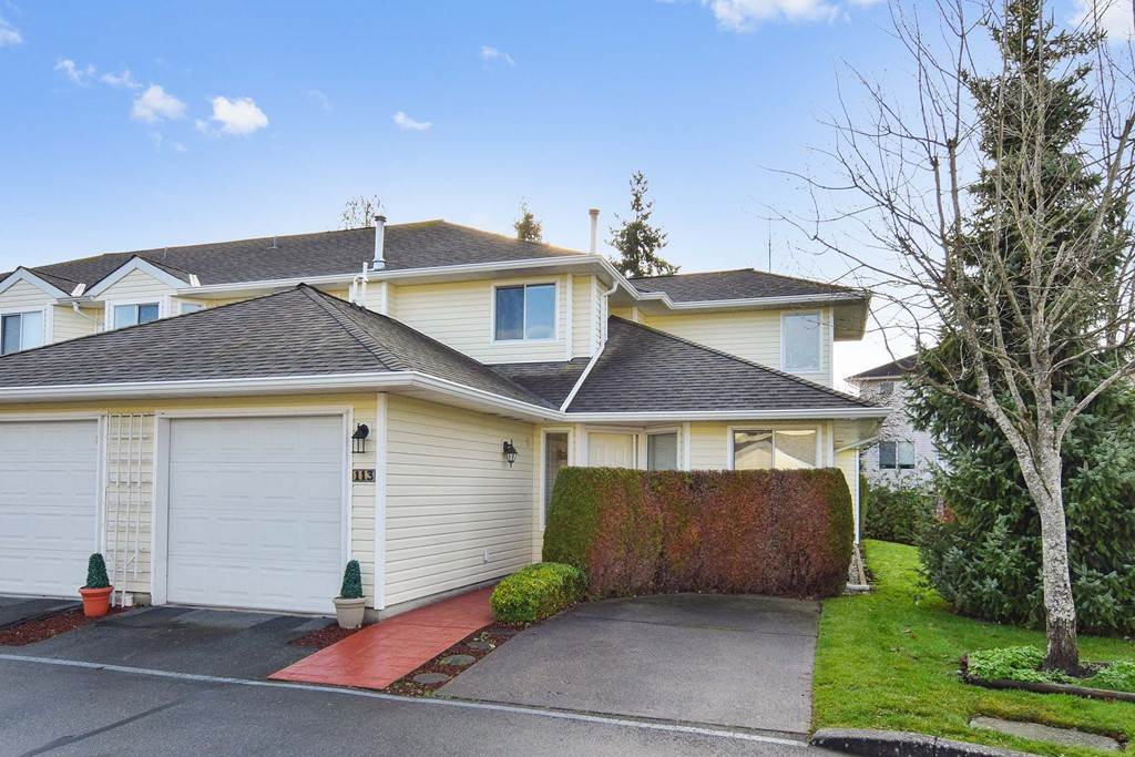 "Main Photo: 113 21928 48 Avenue in Langley: Murrayville Townhouse for sale in ""Murrayville Glen"" : MLS®# R2228125"