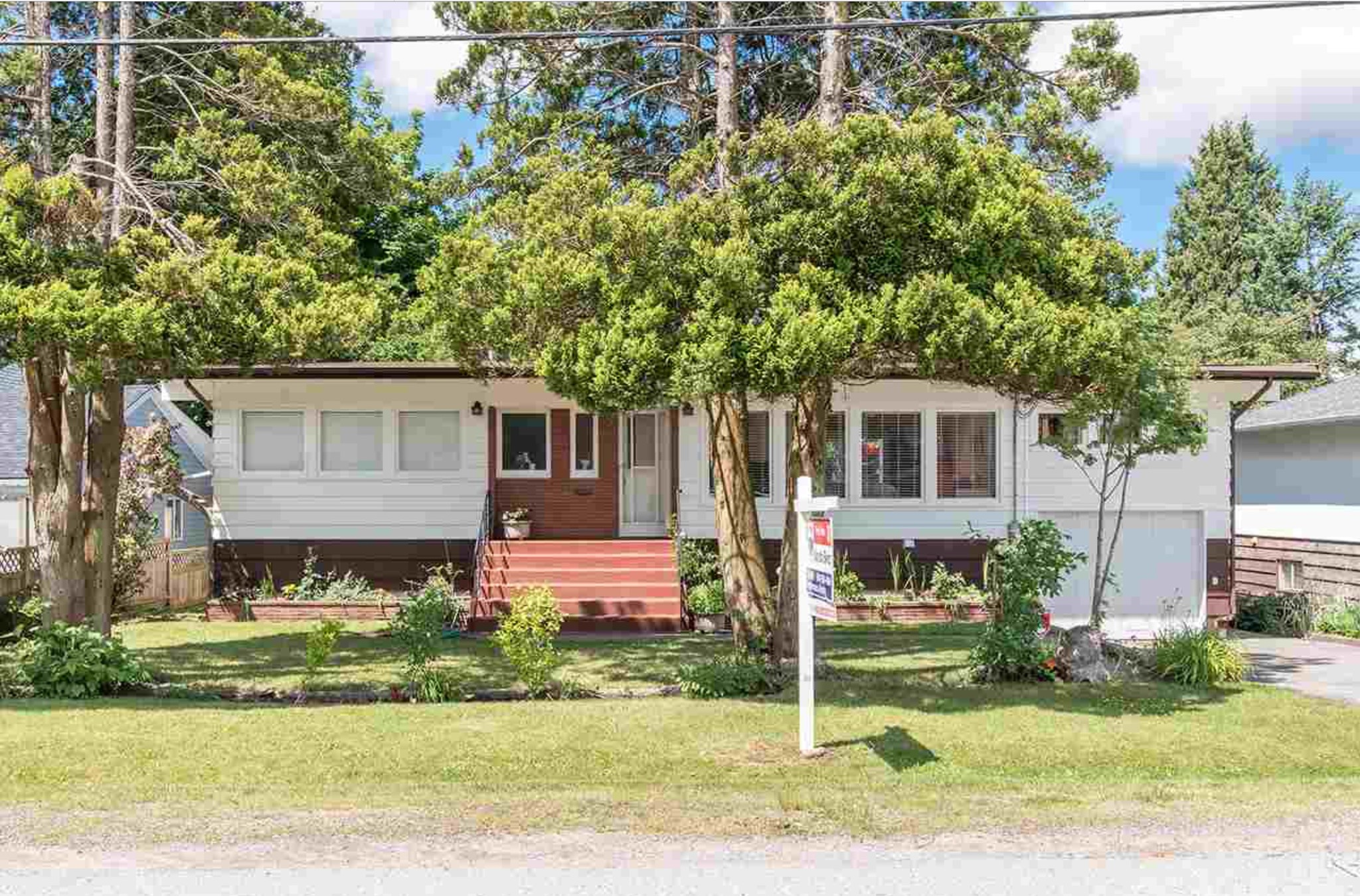 FEATURED LISTING: 10327 127A Street Surrey