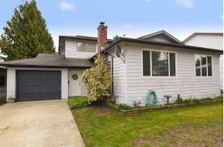 Main Photo: 27074 34A Avenue in Langley: Aldergrove Langley House for sale : MLS®# R2315666