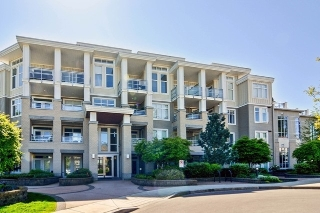 "Main Photo: 402 15428 31 Avenue in Surrey: Grandview Surrey Condo for sale in ""HEADWATERS"" (South Surrey White Rock)  : MLS® # R2106771"