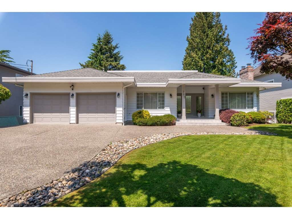 FEATURED LISTING: 765 FOSTER Avenue Coquitlam